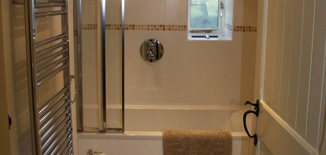 Laykin_bathroom-2